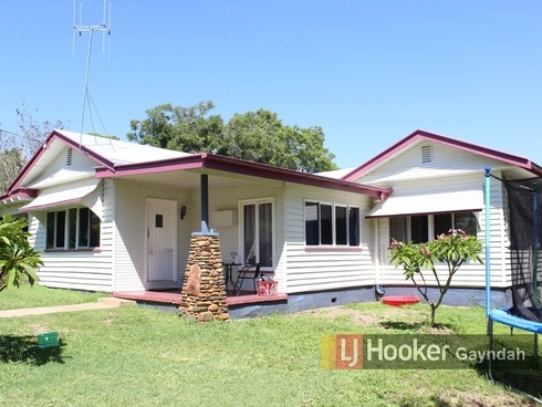 8 Cullen Avenue Gayndah, QLD 4625
