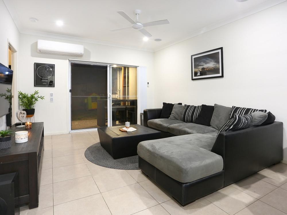 2/12 Morning Sun Court Maudsland, QLD 4210
