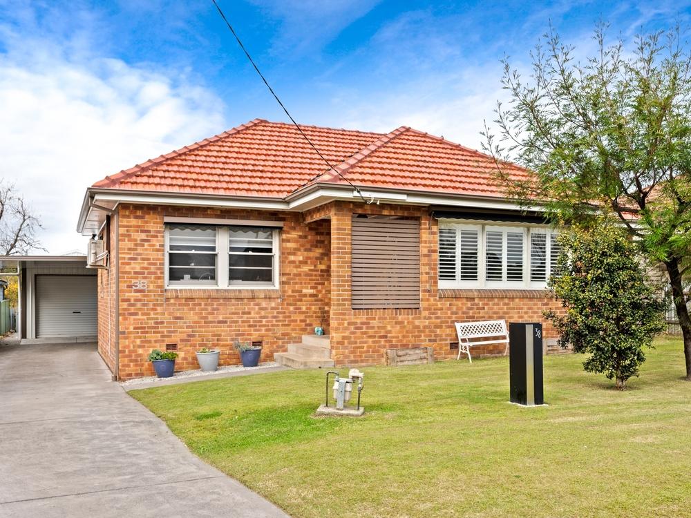38 Park Street East Maitland, NSW 2323