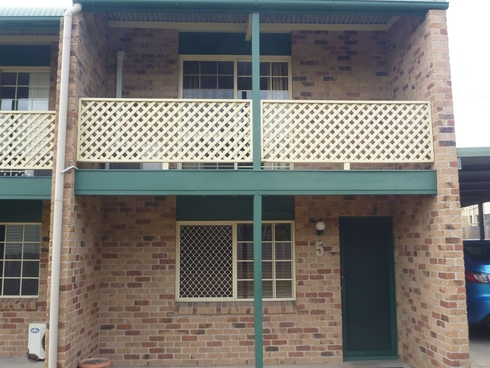 Unit 5/218 Auckland Street South Gladstone, QLD 4680