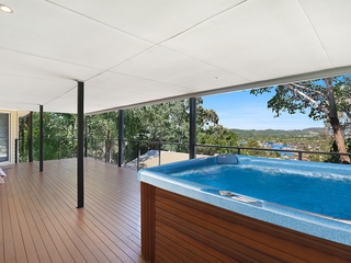 64 Doubleview Drive Elanora , QLD, 4221