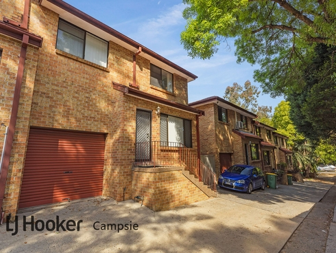 5/209 Old Kent Road Greenacre, NSW 2190