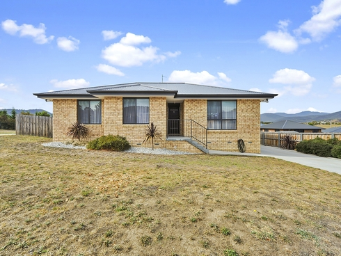 1 Barrob Street Old Beach, TAS 7017