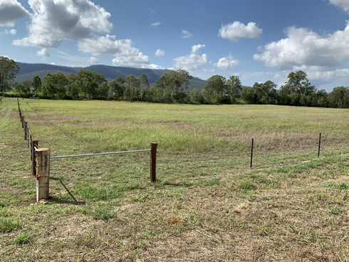 64 Laidley Creek West Rd Mulgowie, QLD 4341