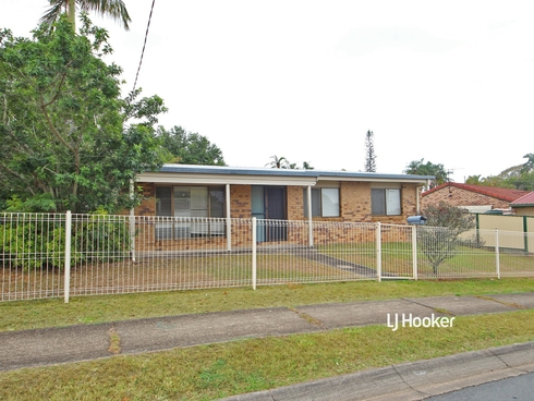 17 Huntington Drive Kallangur, QLD 4503