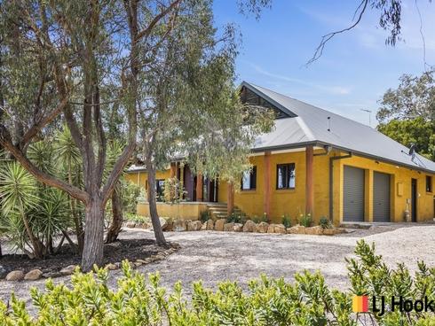32 Carolyn Jackson Drive Jerrabomberra, NSW 2619
