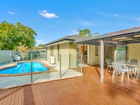 4 Eamonn Court Highland Park, QLD 4211