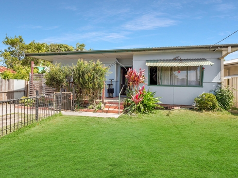 13 High Street Urunga, NSW 2455