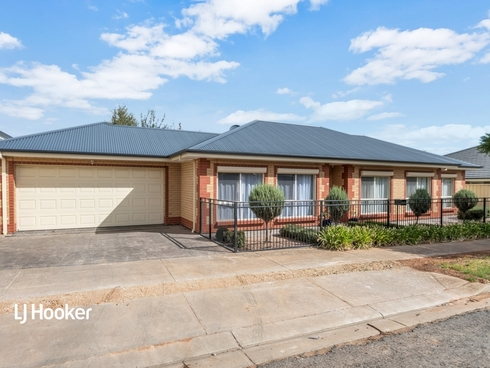 15 Chaucer Street Clearview, SA 5085