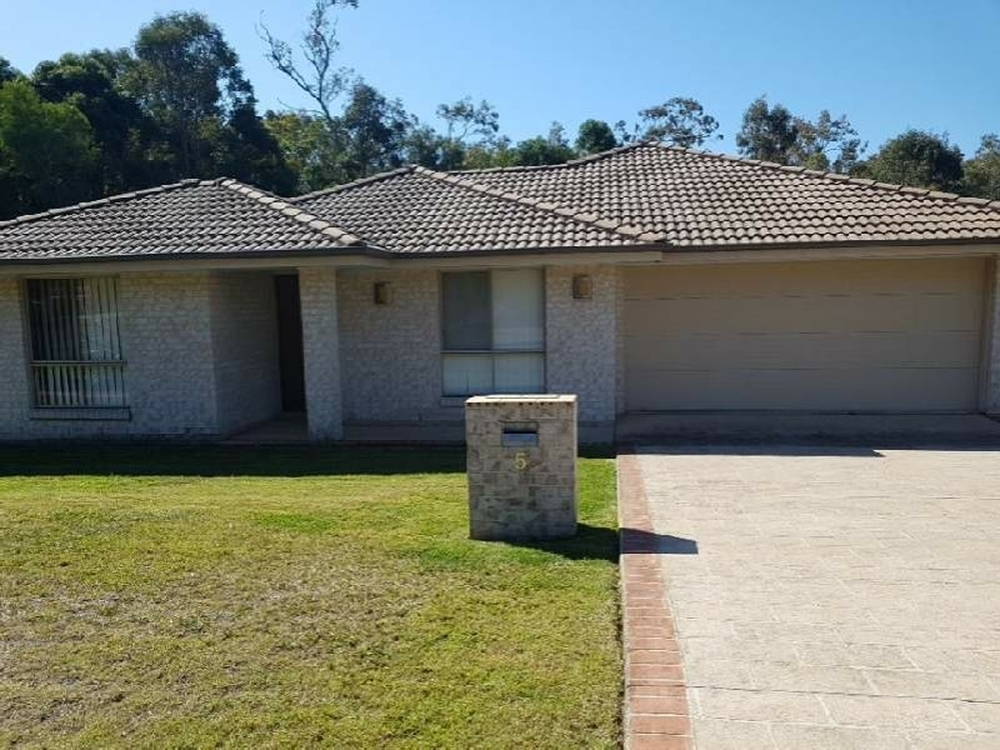5 Mcconechy Drive Victoria Point, QLD 4165