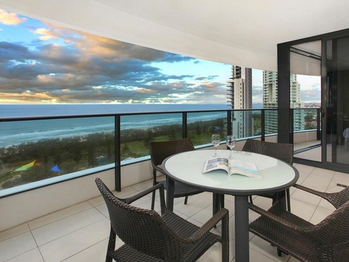 11606/1 Oracle Boulevard Broadbeach, QLD 4218