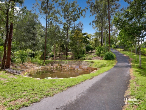 11 Prasada Court Eatons Hill, QLD 4037