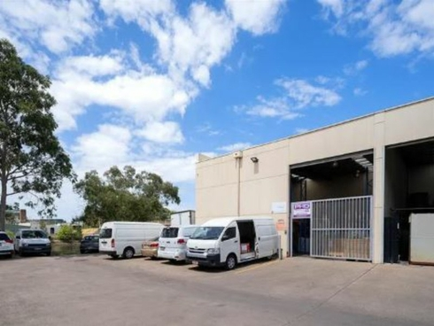 Unit 5/2A Burrows Road St Peters, NSW 2044