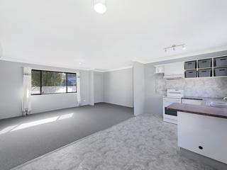 6 Oak Road Charmhaven , NSW, 2263