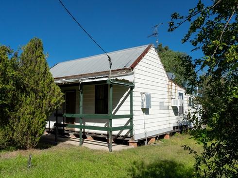 8 High Street Greta, NSW 2334