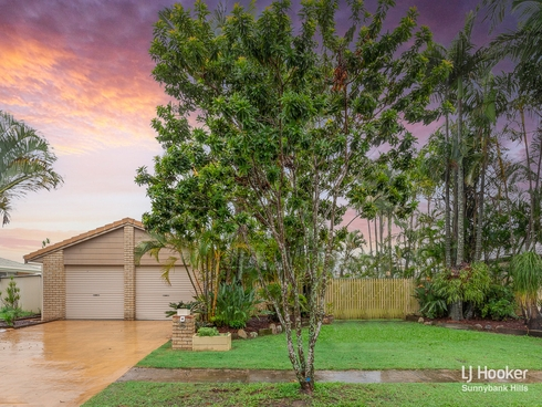 35 Golden Avenue Calamvale, QLD 4116