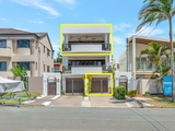 2/6 Arthur Street Mermaid Beach, QLD 4218