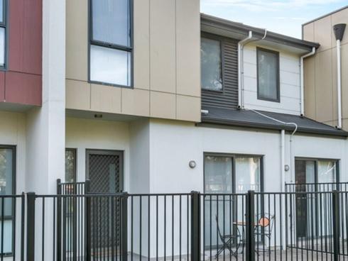 2/21 Harcourt Terrace Salisbury North, SA 5108