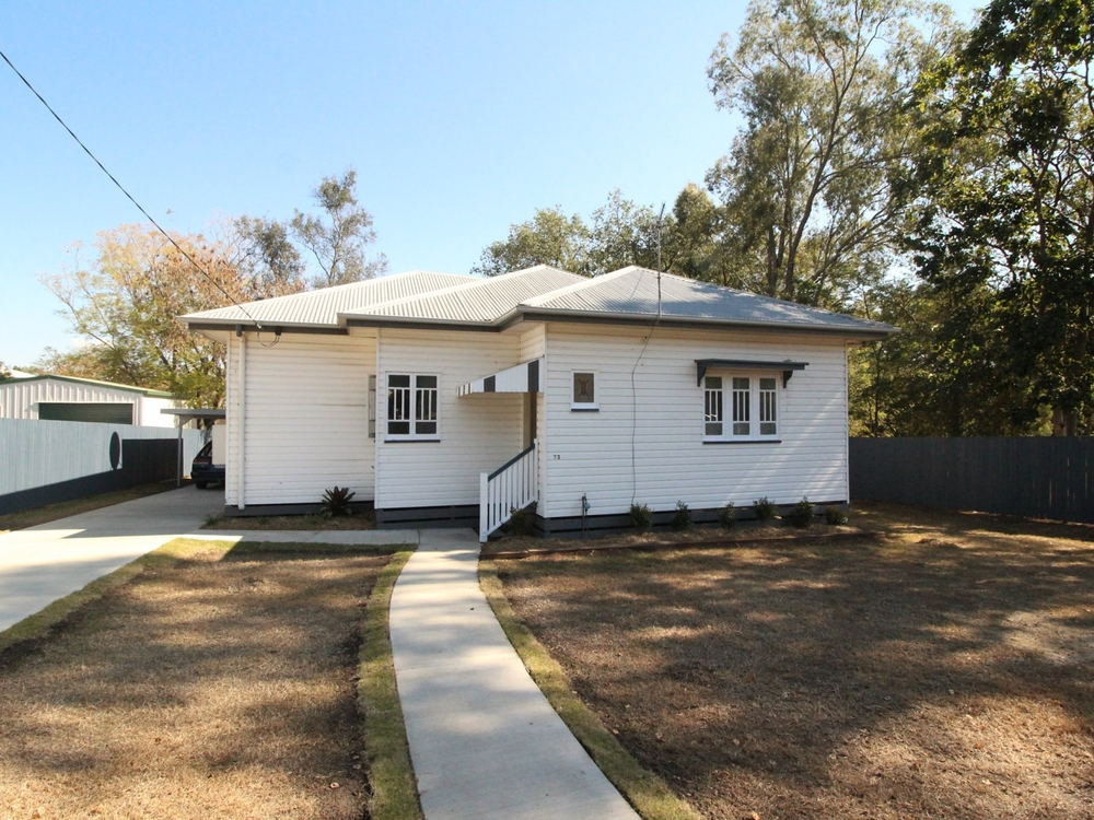 73 Middle Street Esk, QLD 4312