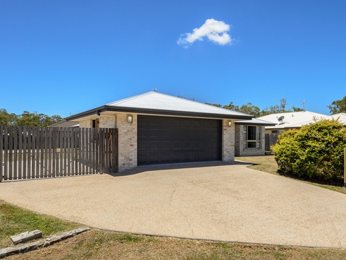 5 Jooloo Court Kin Kora, QLD 4680