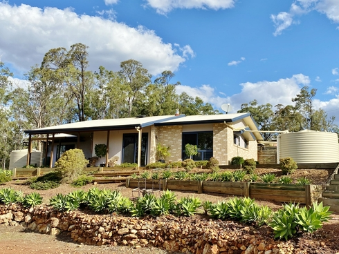 305 Brocklehurst Road Wattle Camp, QLD 4615