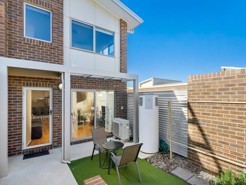 4 Ingold Street Coombs, ACT 2611