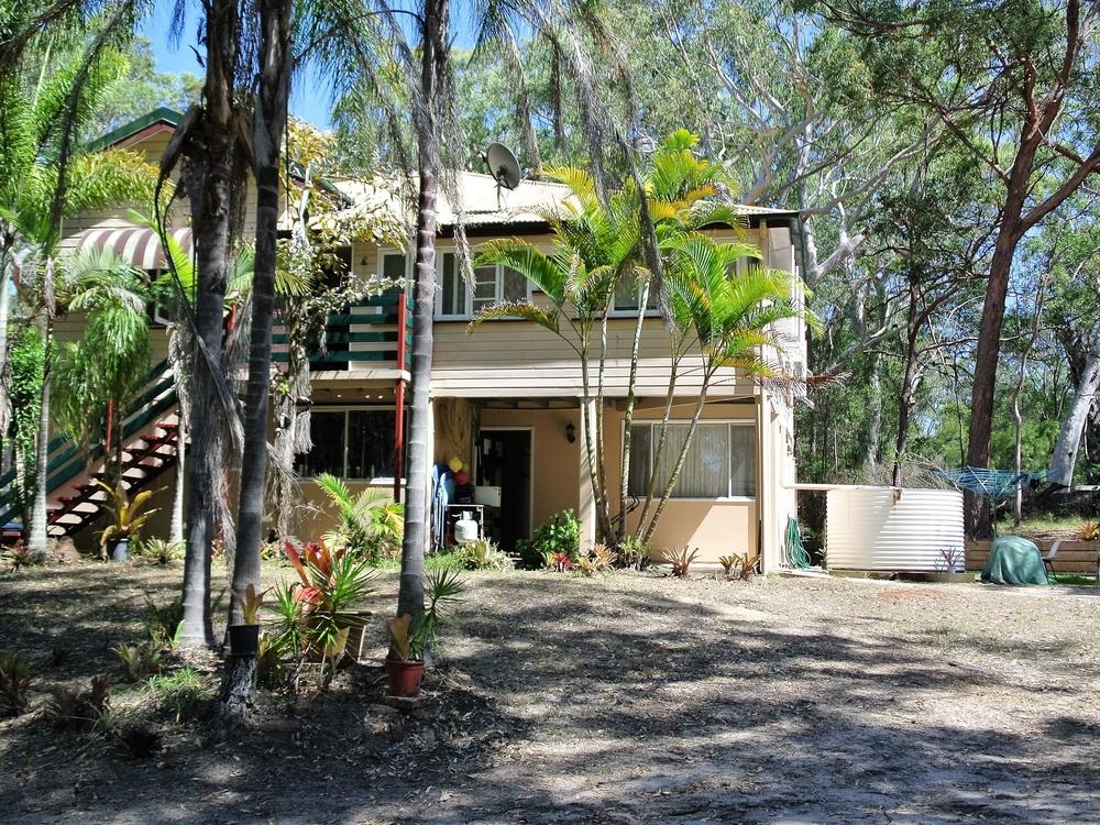 11 Noondoo Street Macleay Island, QLD 4184