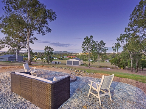 8 Hoopla Hannah Court Yatala, QLD 4207
