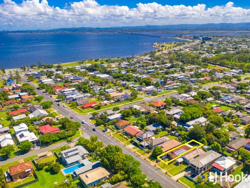 57 Victoria Avenue Woody Point, QLD 4019