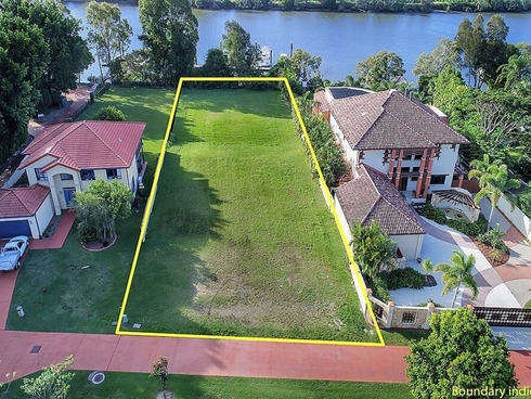 9 River Cove Place Helensvale, QLD 4212