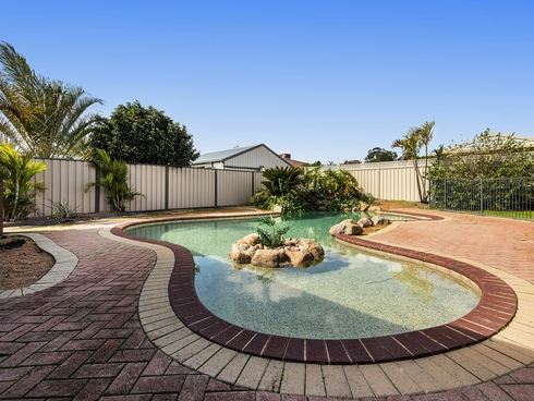 5 Emu Court High Wycombe, WA 6057