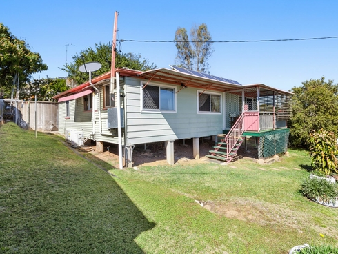 4 River Street Mount Morgan, QLD 4714