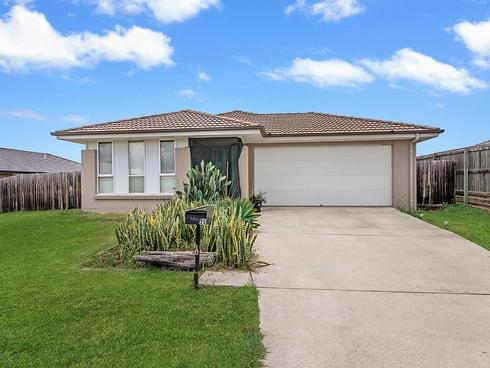 35 Peregrine Drive Lowood, QLD 4311