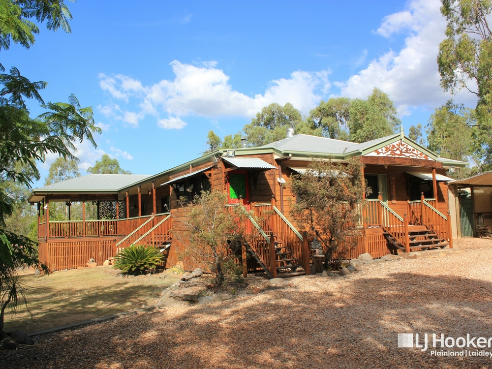 14 Challenge Avenue Kensington Grove, QLD 4341