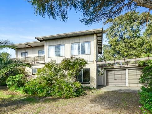 30 Gibson Avenue Victor Harbor, SA 5211
