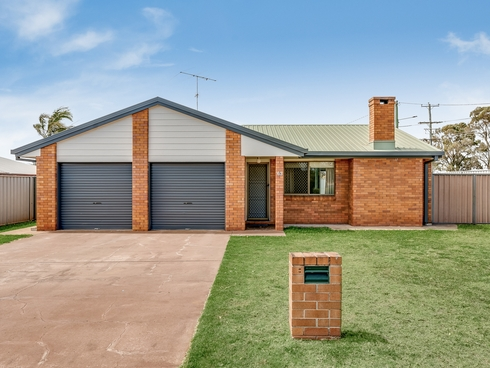 63 Wuth Street Darling Heights, QLD 4350