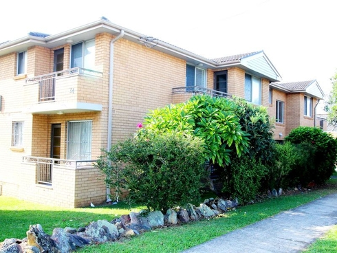 4/24 Mckern Street Campsie, NSW 2194