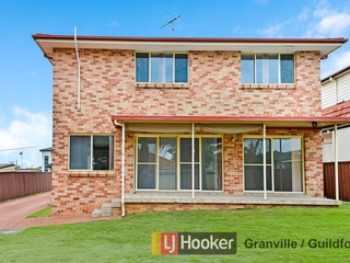 2/442 Blaxcell Street Guildford , NSW, 2161