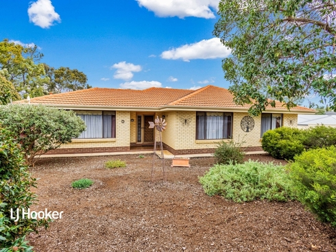 5 Lindsay Avenue Valley View, SA 5093