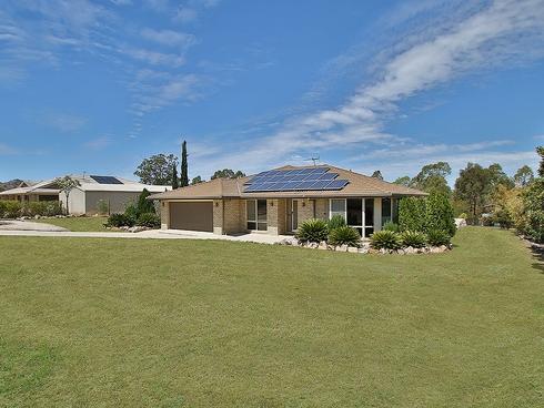 24 Pat Slattery Place Lowood, QLD 4311
